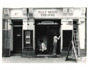Half-Moon-Theatre-Alie-Street-exterior-painting-1-300x241